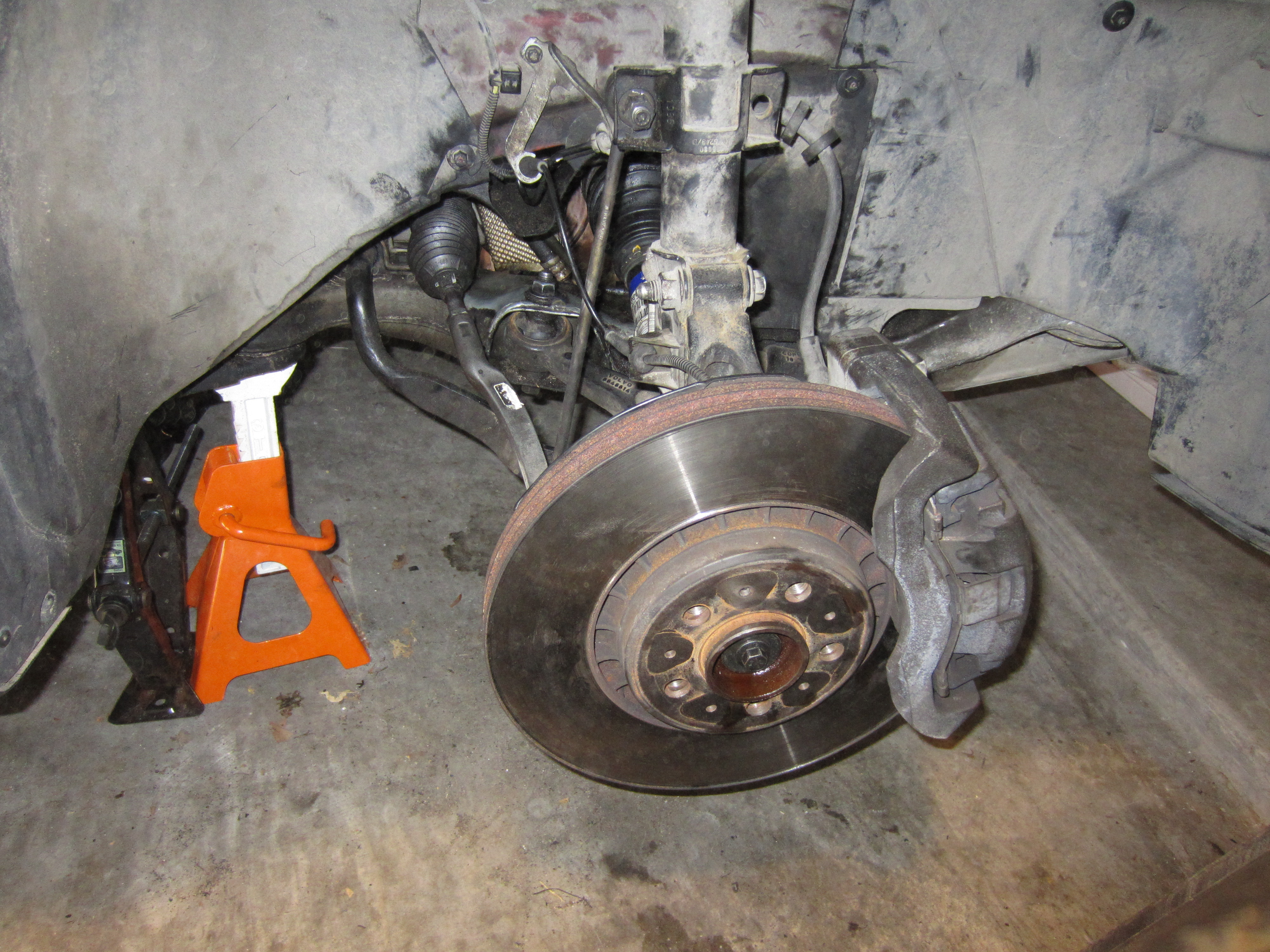 Swedespeed Forums - Tutorial: XC90 V8 - Replacing the alternator
